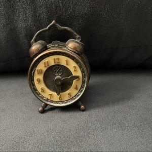 Durham Industries mini die cast clock
